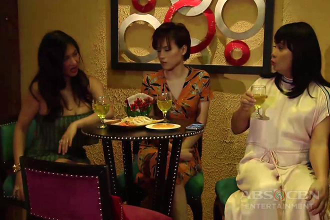 Julie, may girl's night out kasama ang mga kaibigan