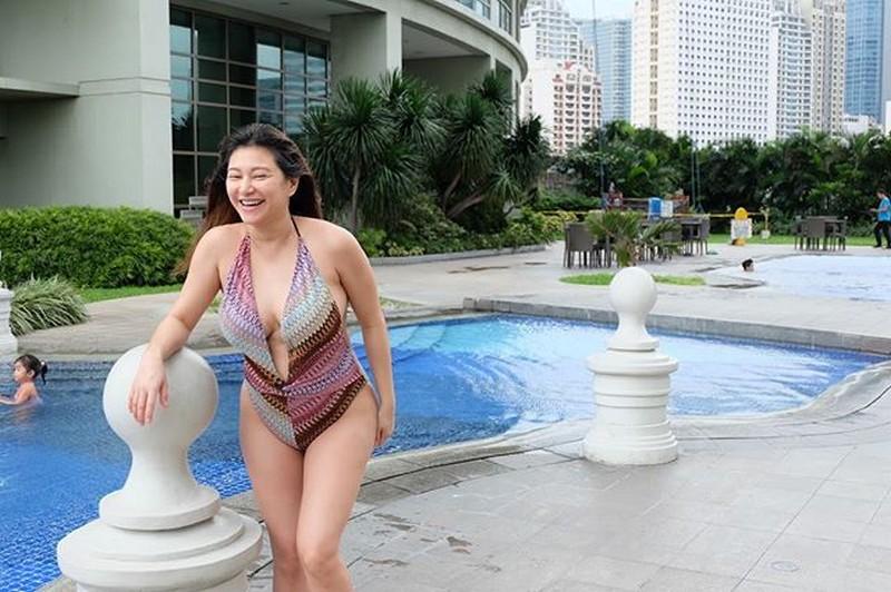 HOT MOMMA! 16 photos of Rufa Mae that prove she still got it!